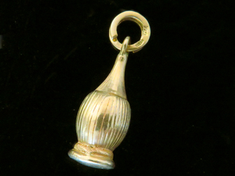 18K Gold Chianti Bottle Charm