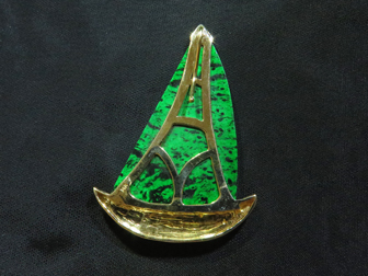 Custom 14K Gold & Maw Sit Sit Sailboat Pendant