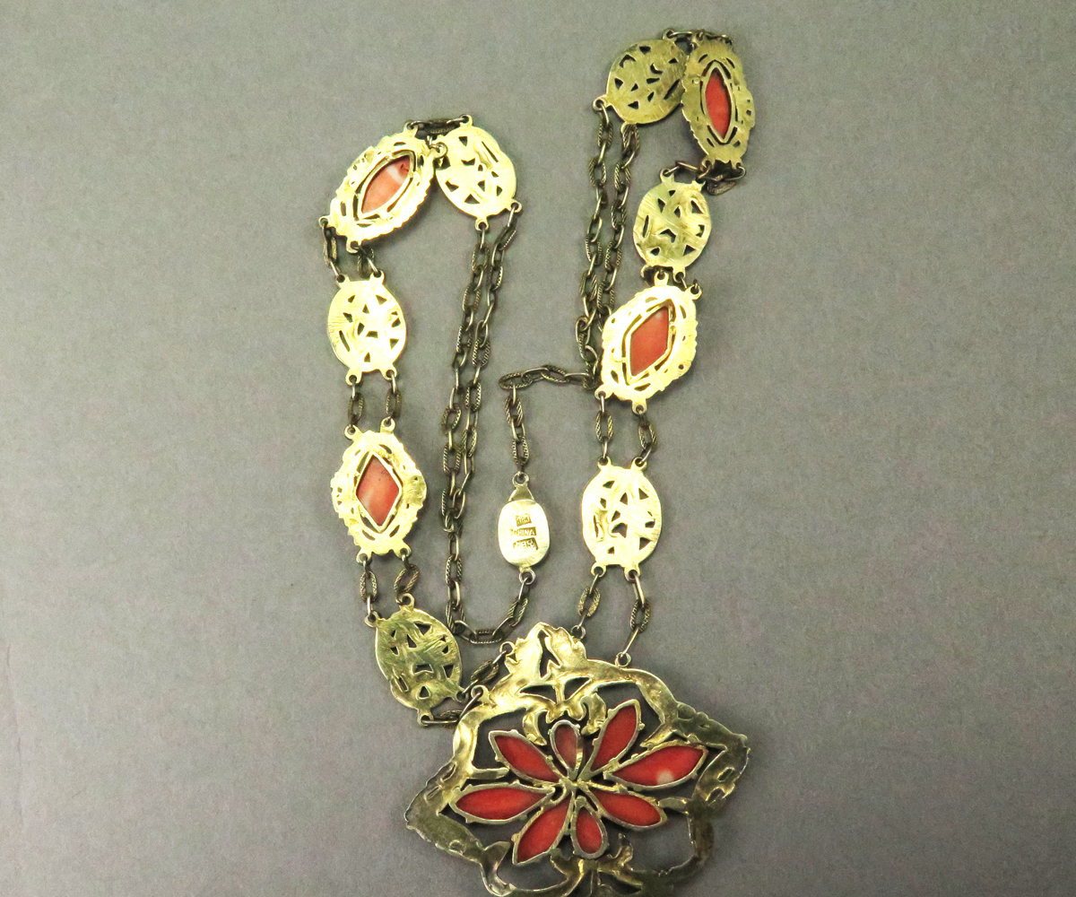 14314FR1 Vermeil Chinese Coral Necklace