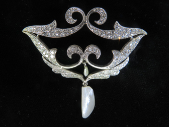 Diamond Pearl Brooch