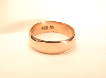 Russian Rose Gold Band