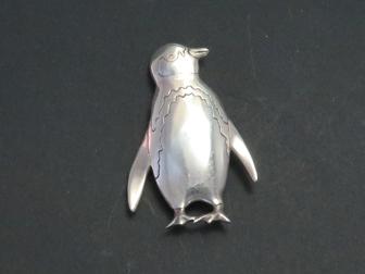 Sterling Penguin Pin