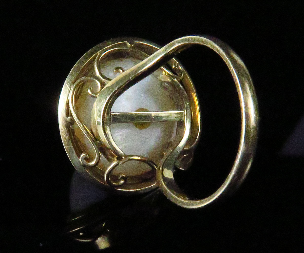 Gold Mabe Pearl Ring