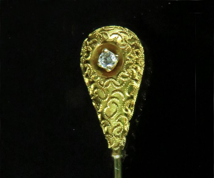 Gold Victorian Teardrop and Diamond Stickpin