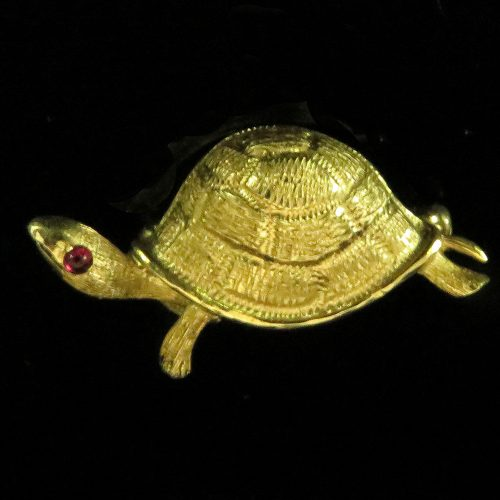 Gold Turtle Pin