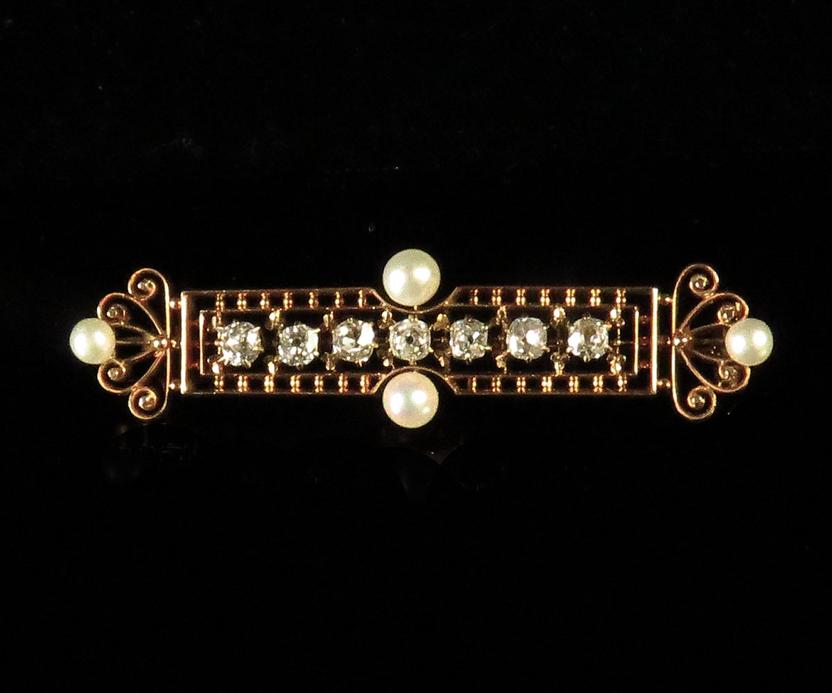 Edwardian Gold Diamond Bar Pin