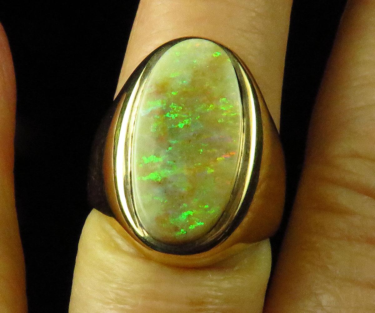 Gold Ring with Andamooka Opal