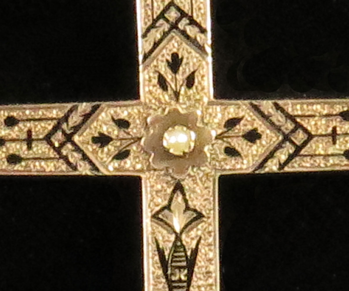 Victorian Gold Cross with Taille d'Eparne