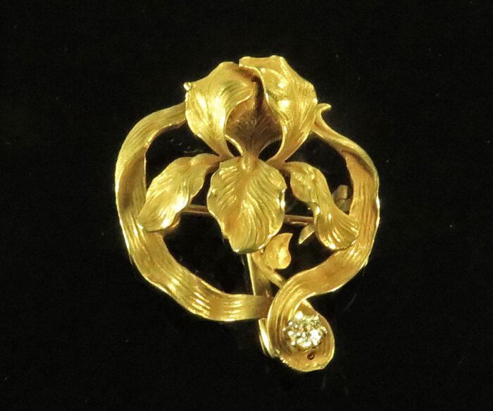 Art Nouveau Gold Iris Brooch with Diamond