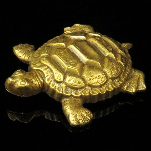 Joseff of Hollywood Turtle Pin
