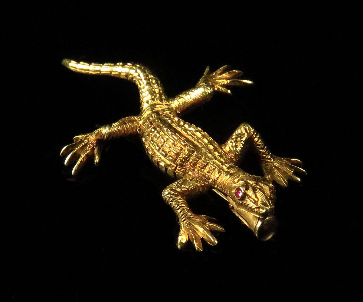 Buccellati Gold Lizard Brooch with Ruby Eyes