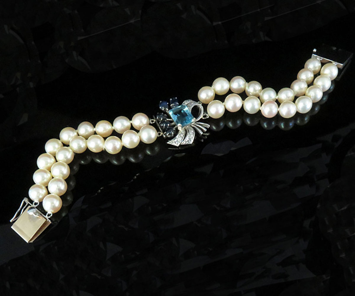 Gold Pearl Bracelet with Aquamarine, Diamonds and Sapphires